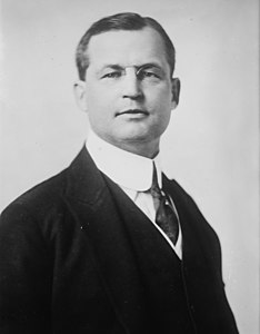 Clarence Moore (businessman) American businessman and Titanic passenger