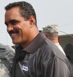 Steve Brown (American football) - Brown visits the Kentucky Army National Guard in 2010.