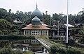 Collectie NMvWereldculturen, TM-20021985, Dia- 'Moskee in een dorp in de omgeving van Bukittinggi', fotograaf Jaap de Jonge, 1986.jpg