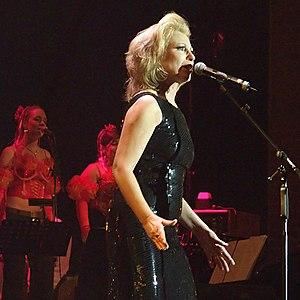 "Maren Kroymann - Maren Kroymann in 2006 at the Charity concert ""Cover me"" at E-Werk, Cologne, Germany"