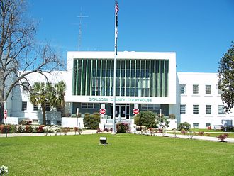 Crestview, Florida - The old Okaloosa County courthouse in March 2008 (now replaced in 2018)
