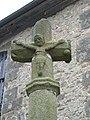 Croix de l'ancien cimetière adossée au chevet de l'église, Champsecret, Orne, Basse Normandie, France.JPG