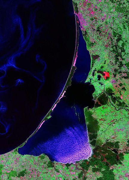 File:Curonian Lagoon.jpg