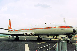 Aeroplane and Armament Experimental Establishment - Image: DH.106 Comet 4C XS235 AAEE B.Down 09.06.90 edited 2
