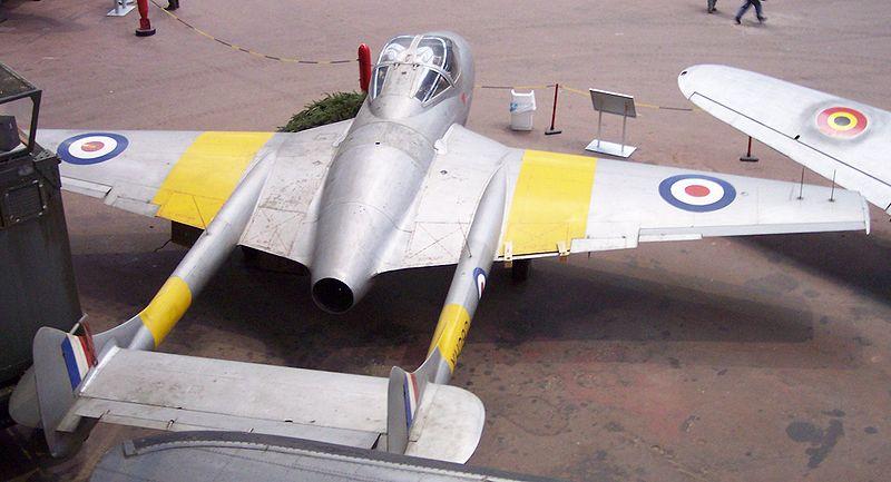 800px-De_Havilland_Vampire_4.jpg