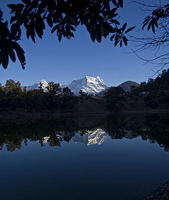 Deoria Tal - Reflection of Chaukhamba Peak in Deoria Tal