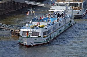 Diana (ship, 1964) 002.jpg