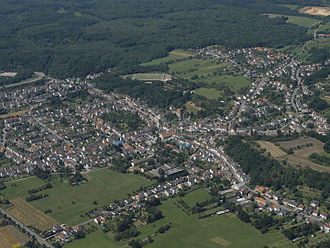 Diefflen - Diefflen, Aerial view from the southeast towards the forest of Dillingen
