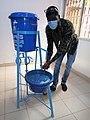Dispositif de lavage de main au Campus Numérique d'Abomey Calavi.jpg