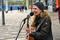 Dota Kehr singt beim Klimamontag (51187339116).jpg