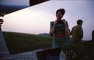 Mania D - Image: Doubel sky Teufelberg Berlin Mania D 1979, still photograph Bettina Köster, Eva Gossling
