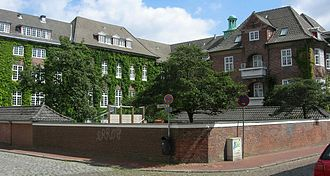 Danish minority of Southern Schleswig - Duborg-Skolen in Flensburg/Flensborg