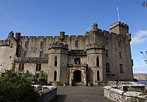 Dunvegan Castle - entrance.jpg