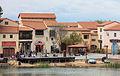 Edificios coloniais en Port Aventura. Cataluña 316.jpg