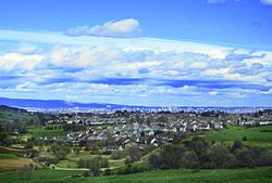 Editted Neilston village (Glasgow beyond).jpg