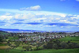 Neilston - Image: Editted Neilston village (Glasgow beyond)