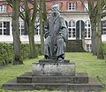 Emil-Fischer-Denkmal.jpg