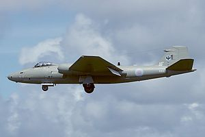 English Electric Canberra PR9, UK - Air Force AN1914617.jpg
