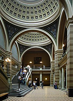 Entrance hall of Uppsala University main building.jpg