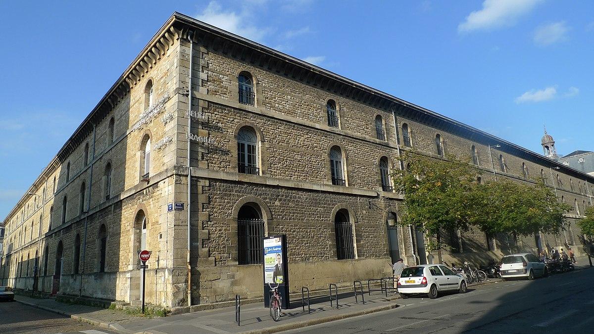 CAPC Museum für zeitgenössische Kunst von Bordeaux – Wikipedia