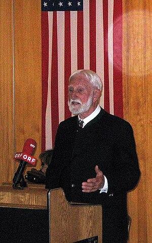 Austrian Service Abroad - Ernst Florian Winter, Chairman of the International Council