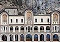 Esplanada del Monasterio de Ostrog, Montenegro, 2014-04-14, DD 08.JPG