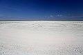 Etosha Lookout – pohled zpět na příjezdovou cestu - panoramio.jpg