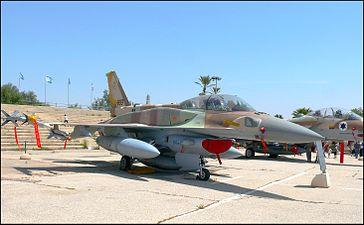 F-16I-Sufa-803-pic02.jpg