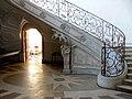 F54 PAM abbaye escalier atlante.jpg
