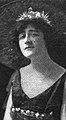 FayCourteney1917.jpg