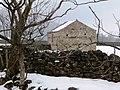 Field barn in winter - geograph.org.uk - 1728849.jpg