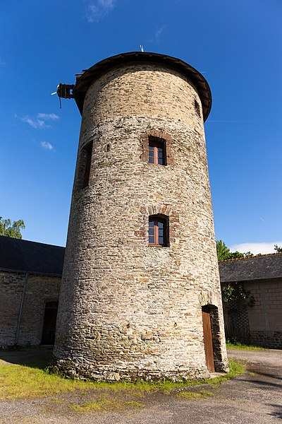 Moulin des Gués, windmill in Fontaine-Couverte.