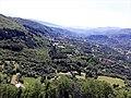 Fortezza delle Verrucole mura panorama valle sottostante.jpg
