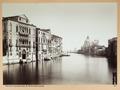 Fotografi av Canal Grande och Basilica Santa Maria della Salute i Venedig - Hallwylska museet - 103016.tif