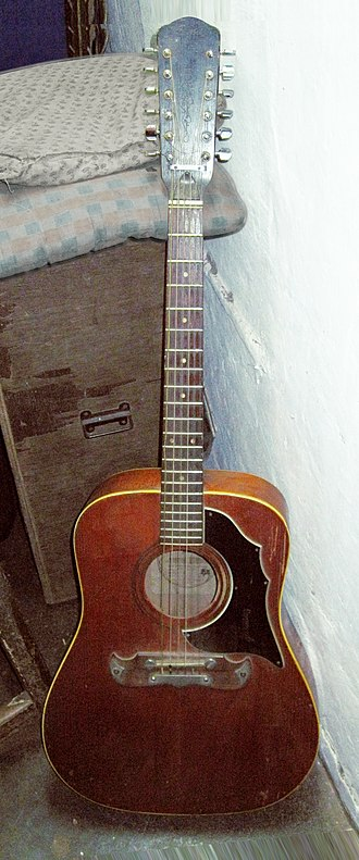 Framus - Image: Framus 5 296 Texan 12 string owned by Sir Theo, Belgaum, India (2011 11 23 08.10.44 by julian correa) clip