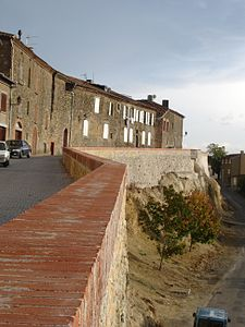 France-Carla-Bayle-Rempart.jpg