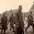 Französische Kriegsgefangene afrikanischer Abstammung in Frankreich 1940.jpg