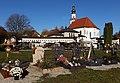 Friedhof und Kirche, St. Pantaleon (4).jpg