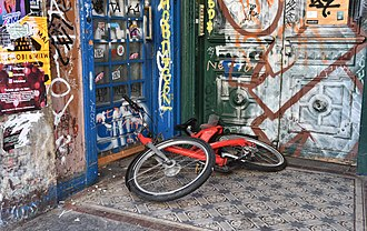 Vandalism - Vandalised facade and bicycle in Hamburg