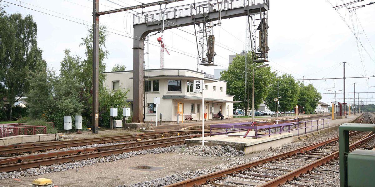 Kleinbettingen luxembourg train to paris square betting