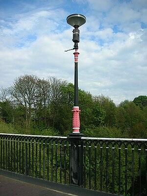 Galton Bridge - Image: Galton Bridge light fitting