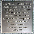 Gedenktafel Axel-Springer-Str 65 (Kreuzb) Richard von Weizsäcker.jpg
