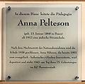 Gedenktafel Pariser Str 4 (Wilmd) Anna Pelteson.jpg