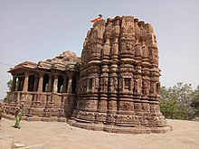 General view of the Galteshwar temple.jpg