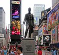 George M. Cohan statue in Times Square IMG 1607.JPG