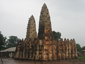 Mandé peoples - A 13th-century mosque in northern Ghana attributed to the Wangara.