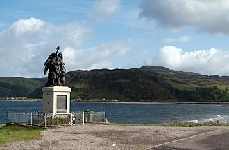 Valentine Fleming - Image: Glenelg Bay with the village war memorial. (geograph 2422685)