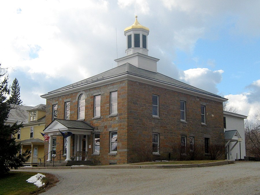 Grand Isle County Courthouse