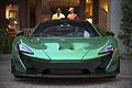 Green McLaren P1 (14974951492).jpg