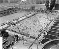 Grote drukte in het Amsterdamse De Miranda bad, Bestanddeelnr 907-2329.jpg